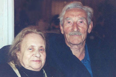 [Jonas and Dina Lewental, Dec 2004]